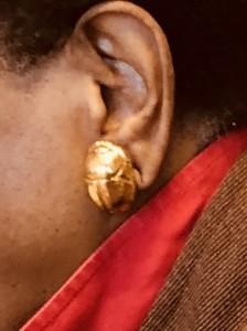 Lo scarabeo all'orecchio sinistro di Marva