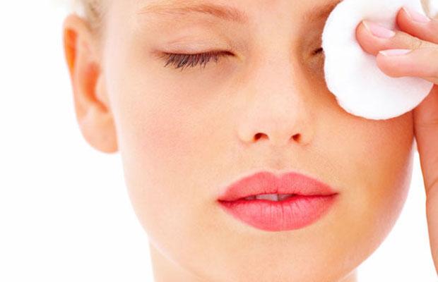 5-step-per-struccare-gli-occhi-in-modo-perfetto-in-pochi-secondi