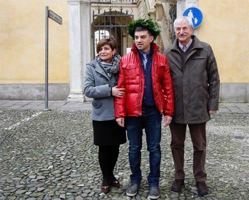 Pier Carlo con la madre e il padre
