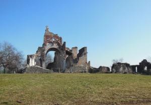 L'abbazia di Nervesa distrutta dai cannoni