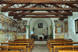 La chiesa di San Giorgio con gli affreschi del '400