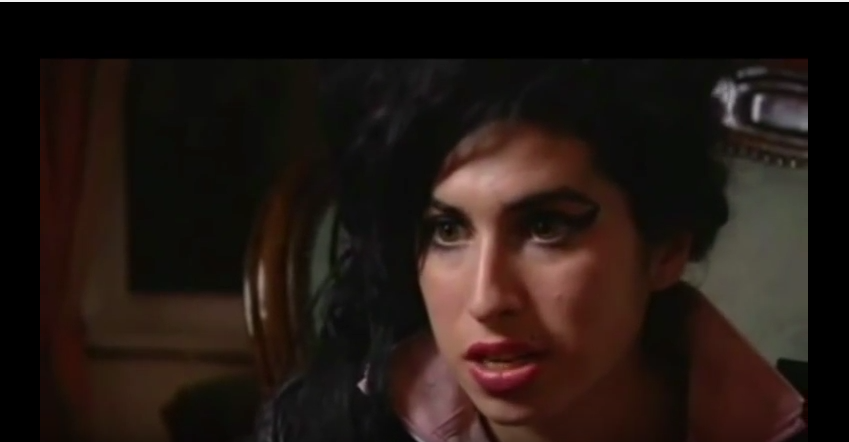 Don't Look Back In Anger - Amy Winehouse