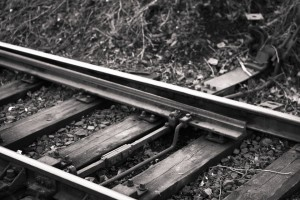 train-tracks-925007_960_720