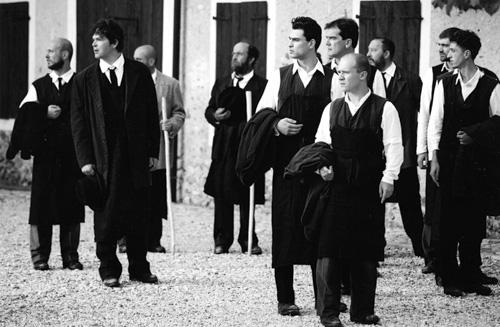 """""""I Turcs tal Friul"""" sull'aia dei Colonos a Villacaccia di Lestizza (1996, foto Luca d'Agostino)"""