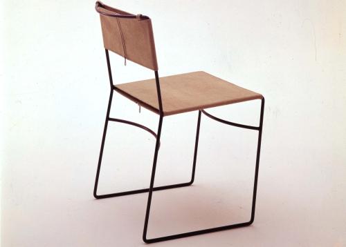 Le immagini della mostra di enzo mari casa design for Enzo mari sedia 1