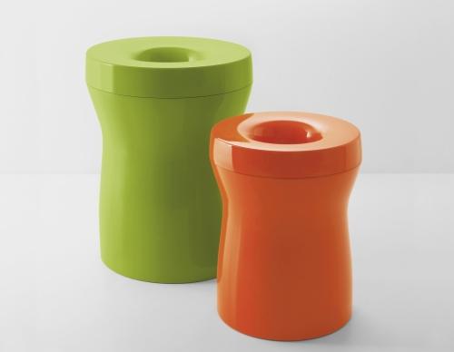 Ordine in bagno casa design - Portabiancheria design ...