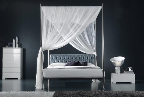 Il letto a baldacchino minimal casa design - Foto letto a baldacchino ...