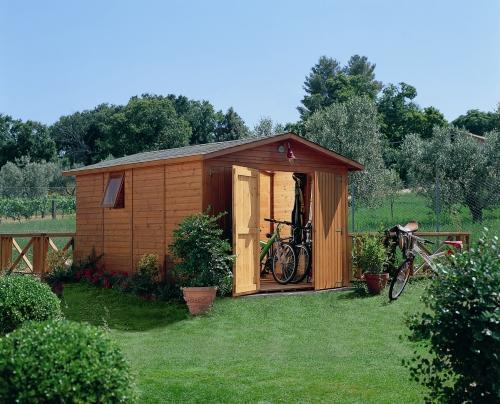 Mobili per riporre gli attrezzi casa design - Attrezzi per imbiancare casa ...