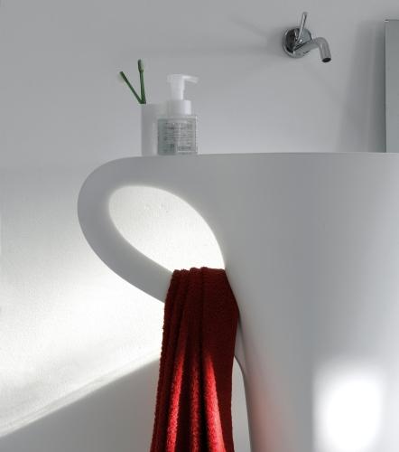 Il lavabo-tazzina Cup di Art Ceram
