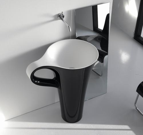 Cup di Art Ceram in versione nera