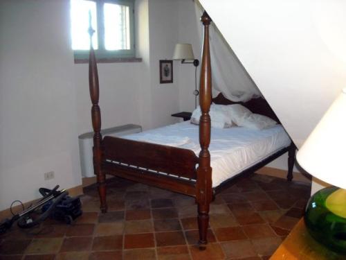 La camera da letto prima...