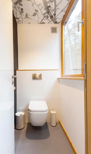 Il bagno della tree house belga