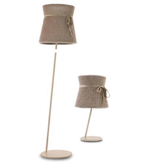 Lampada Miss Wool di Doimo Decor, con cappello di lana, removibile e lavabile