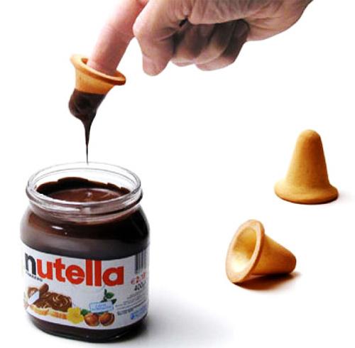 Tra le numerose creazioni originali di Paolo Ulian, il biscotto da dito