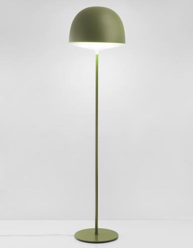 Cheshire di FontanaArte è una famiglia di lampade da tavolo, terra e  sospensione, progettata dal duo danese e italiano GamFratesi. Il diffusore è in  policarbonato. La  versione da terra in foto costa 430 euro