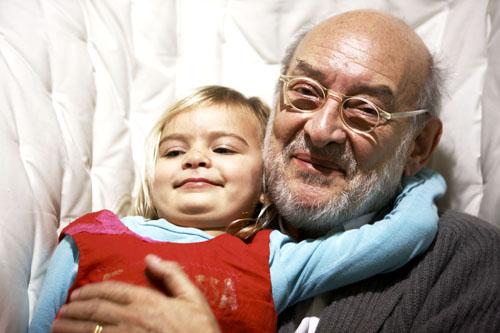Gaetano Pesce con la figlia Fontessa