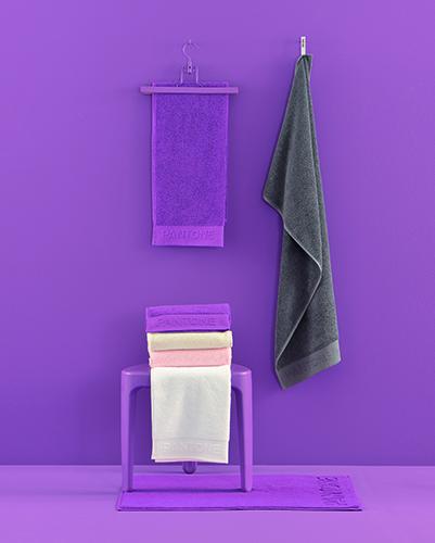 Per il bagno: asciugamani, telo, set di lavette e tappeto
