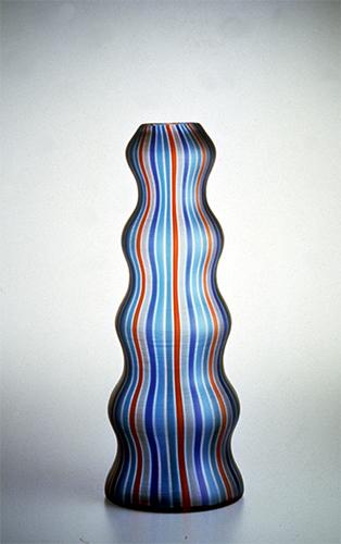 Arado, vaso in vetro soffiato, Venini 1988