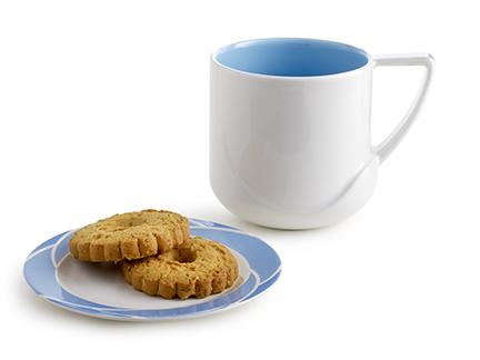 Cini Boeri, mug e piatto biscotti