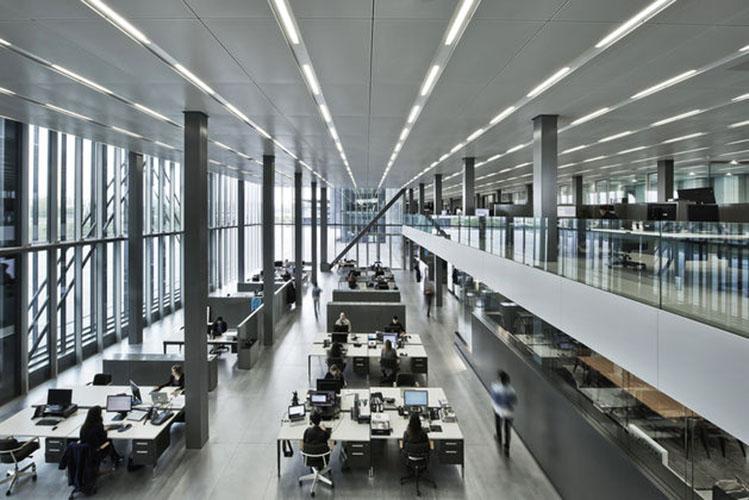 Ufficio Stile Moda : Lufficio in stile rétro secondo prouvé casa & design