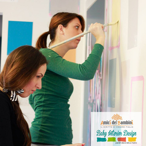 Oana Talmacel, fondatrice insieme a Marcello Amore di Baby Interior Design, con la collaboratrice Debora Stignani realizzano il progetto per lo spazio Beniamino all'interno della Family House dell'Associazione Ai.Bi. (Amici dei Bambini)