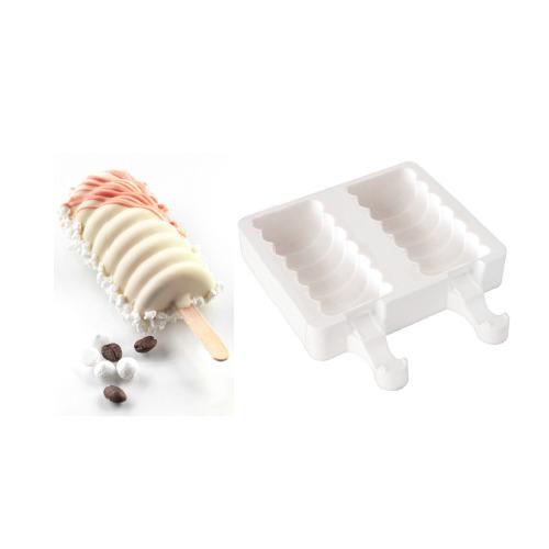 Tango di Silikomart, stampo in silicone. La confezione contiene anche stecchini in legno naturale e un ricettario per realizzare gelati senza l'utilizzo di una macchina per il gelato, € 14,90