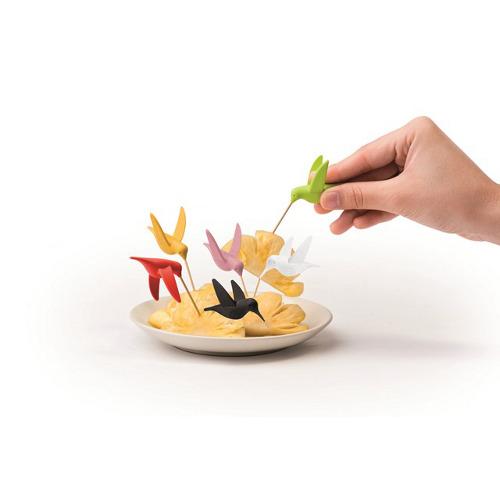 Colibrì di Maiuguali, scatola con 6 forchettine in plastica, 18 euro