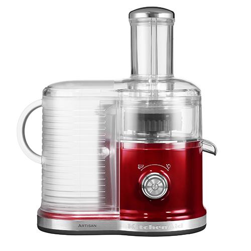 Un'idea regalo per l'amico del cuore salutista? La centrifuga per succhi di frutta e verdura di  KitchenAid che consente di ottenere fino ad 1 litro di succo per volta (389 euro)