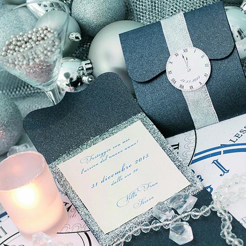 L'autrice Elisabetta Zucchi spiega anche come realizzare un originale invito per la serata del 31 dicembre (foto Paolo Picciotto)