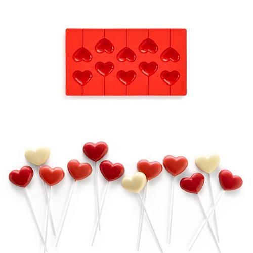 Con lo stampo di Lékué potete realizzare dei dolcissimi lecca-lecca. Saranno utili anche per decorare la tavola o per utilizzarli come segnaposto (14,20 euro circa)