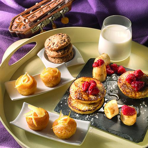 Nel libro di Andrea Golino anche un menù che si ispira  alle colazioni americane: french toast banane e lamponi, carrot cake con arancia candita e chococookies