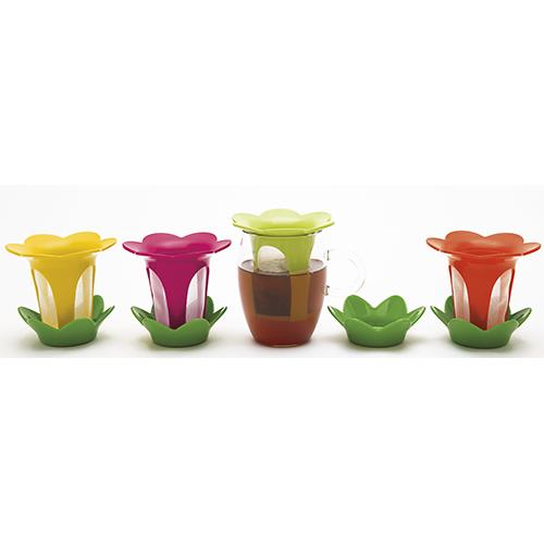 Filtro con piattino di Zak! designs (12 euro)