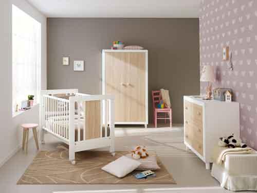 Pali, Collezione Anouk in legno di faggio stagionato e pannelli in mdf per lettini e mobili. Qui il letto è ?standard?: cm 132 x 80 x 100 h