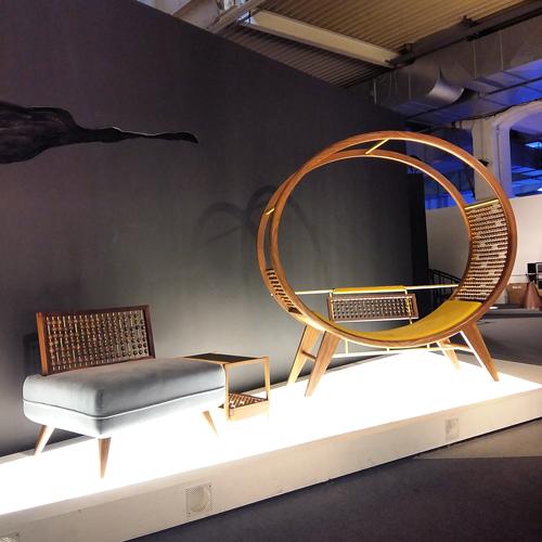 Abacus Bed di Patrick Leung e Curled Dragon di Joey Ho Per LandBond