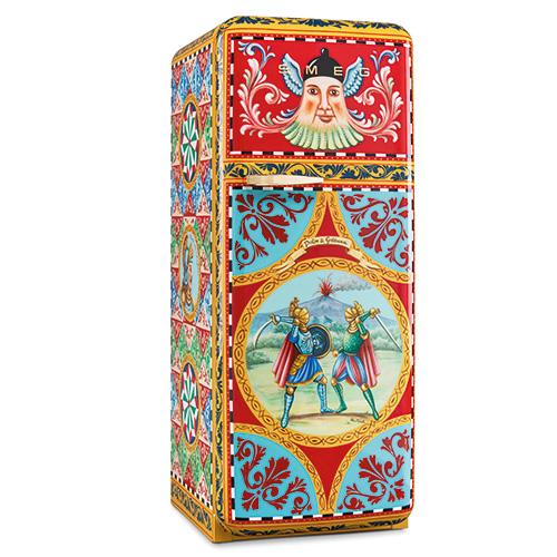 Fab28 si tinge d'arte.  Smeg e Dolce & Gabbana presentano una collezione di frigoriferi in edizione limitata (solo 100 pezzi) tutti dipinti a mano con decori e motivi della tradizione siciliana