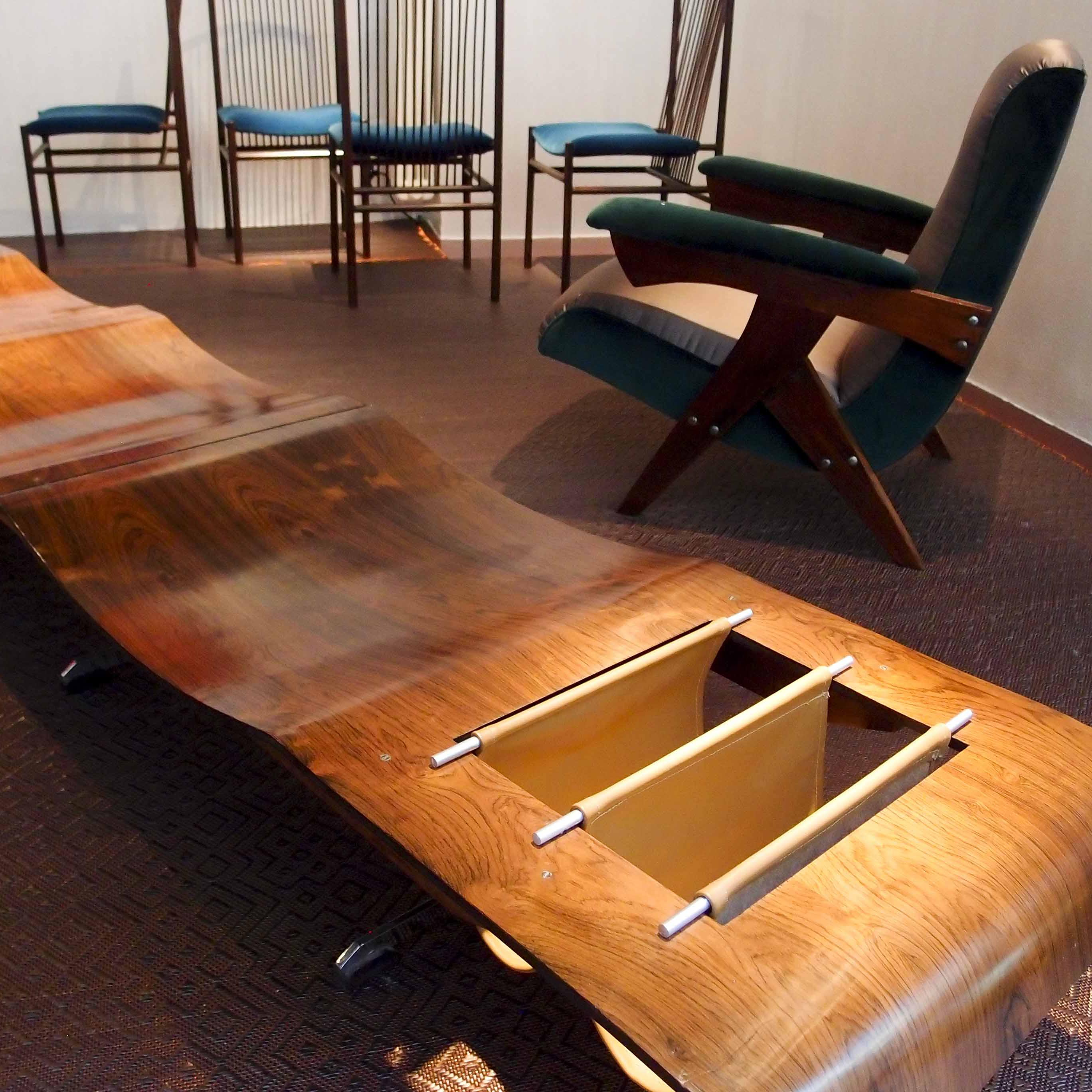 Nilufar, Brazilian Design in via della Spiga 32