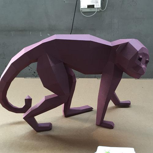 La scimmia in carta di Wolfram Kampffmeyer per Paper Wolf