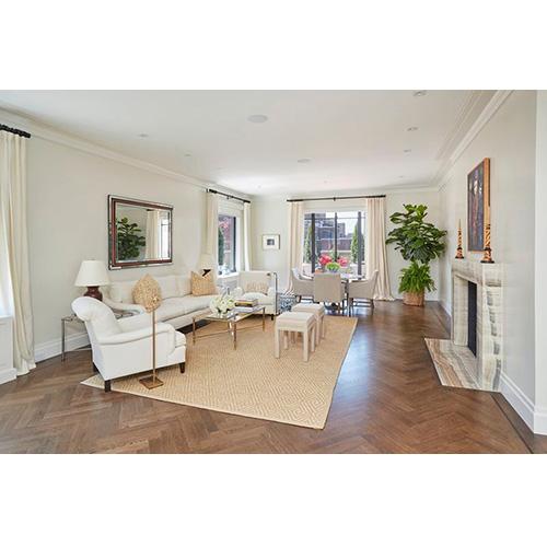 Oggi l'appartamento ha una superficie complessiva di poco inferiore ai 220 metri quadrati