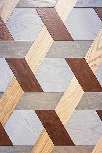 Una delle novità di Bisazza di quest'anno: il legno decorato