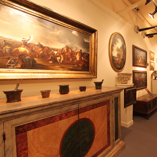 Le visite guidate, riservate ai visitatori della mostra, si effettuano nei giorni 15-16 ottobre e 22-23 ottobre