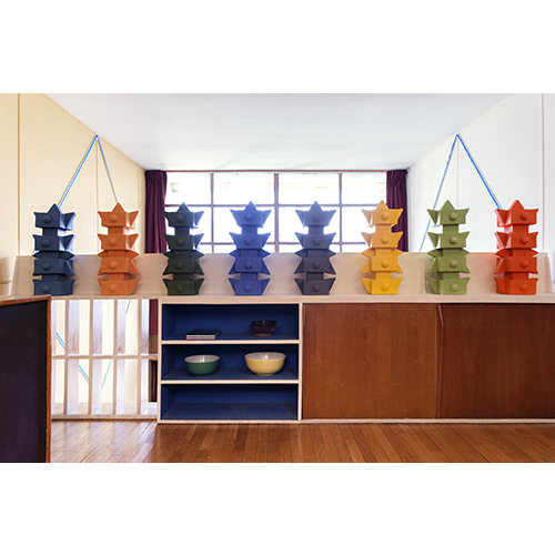 Casa Le Corbusier: alcune delle otto ceramiche create da Mendini per l'Appartement 50 della Ville Radieuse di Marsiglia, l'edificio in cui Le Corbusier ha distillato le sue idee sull'architettura