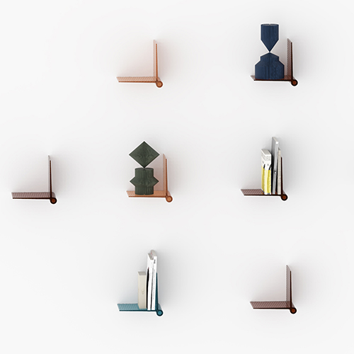 Colorare le pareti: liberate la fantasia con le mensole Kite Shelf di Kartell. Disponibili in diverse tonalità sono decorate da una griglia che ne arricchisce la superficie