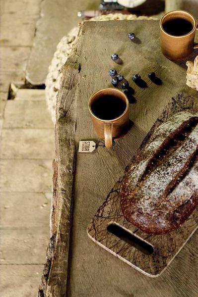 Forest marble board è il tagliere di Storebror che richiama le venature del legno ma in realtà è in marmo
