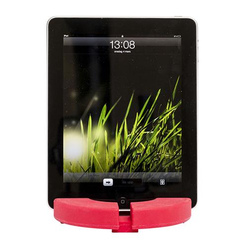 Il sottopentola in silicone di Sagaform si trasforma anche in un comodo leggio per tablet (19,30 euro,  prodotto distribuito da Schoenhuber)