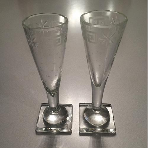 I bicchieri di cristallo con le stelline di Francesca Lanzavecchia