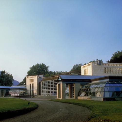 Centro espositivo di Villa Erba, Mario Bellini, 1991