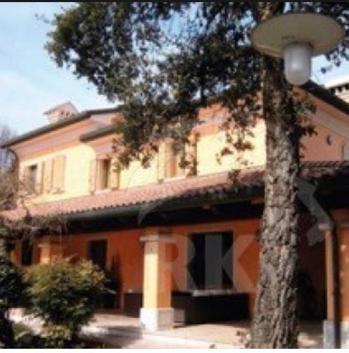 Vivere su un set le case dei film in vendita casa design for Case italiane immobiliare