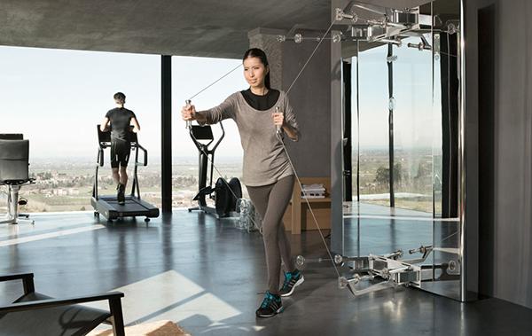 Con Kinesis® Personal si può migliorare la forza, la coordinazione e la flessibilità, oltre che il controllo della postura e della respirazione