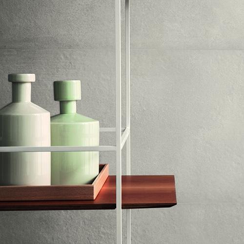Terracruda è disponibile in 4 colori: piombo, calce, luce e sabbia