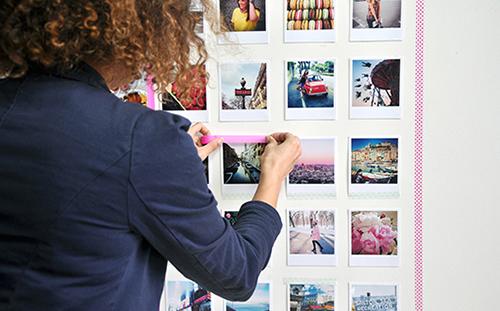 Il fascino delle polaroid rivive nelle stampe vintage formato 10x12 centimetri di Lalalab (www.lalalab.com). Prezzo 0,39 euro l'una